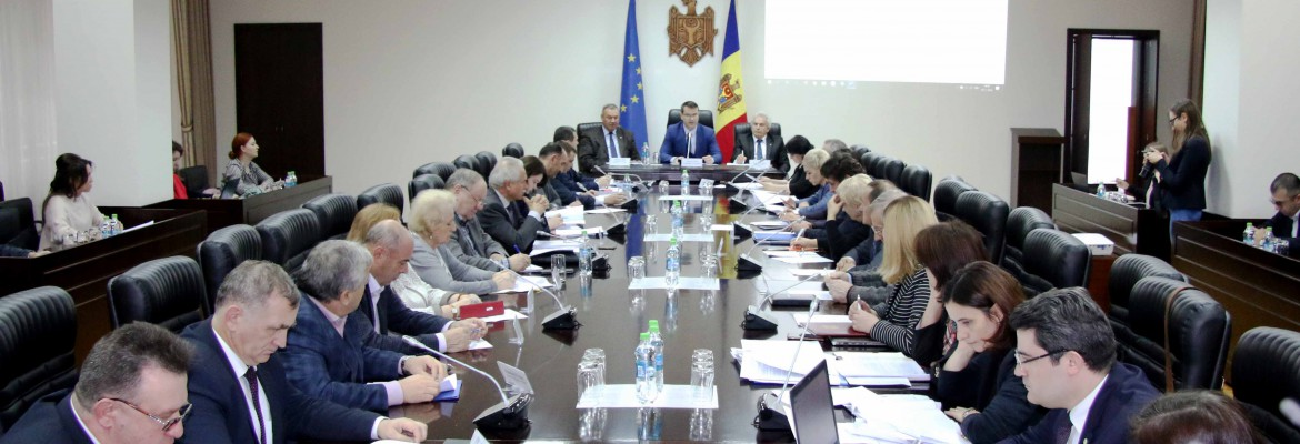 Improving Social Dialogue, a priority for the members of tripartite Commission